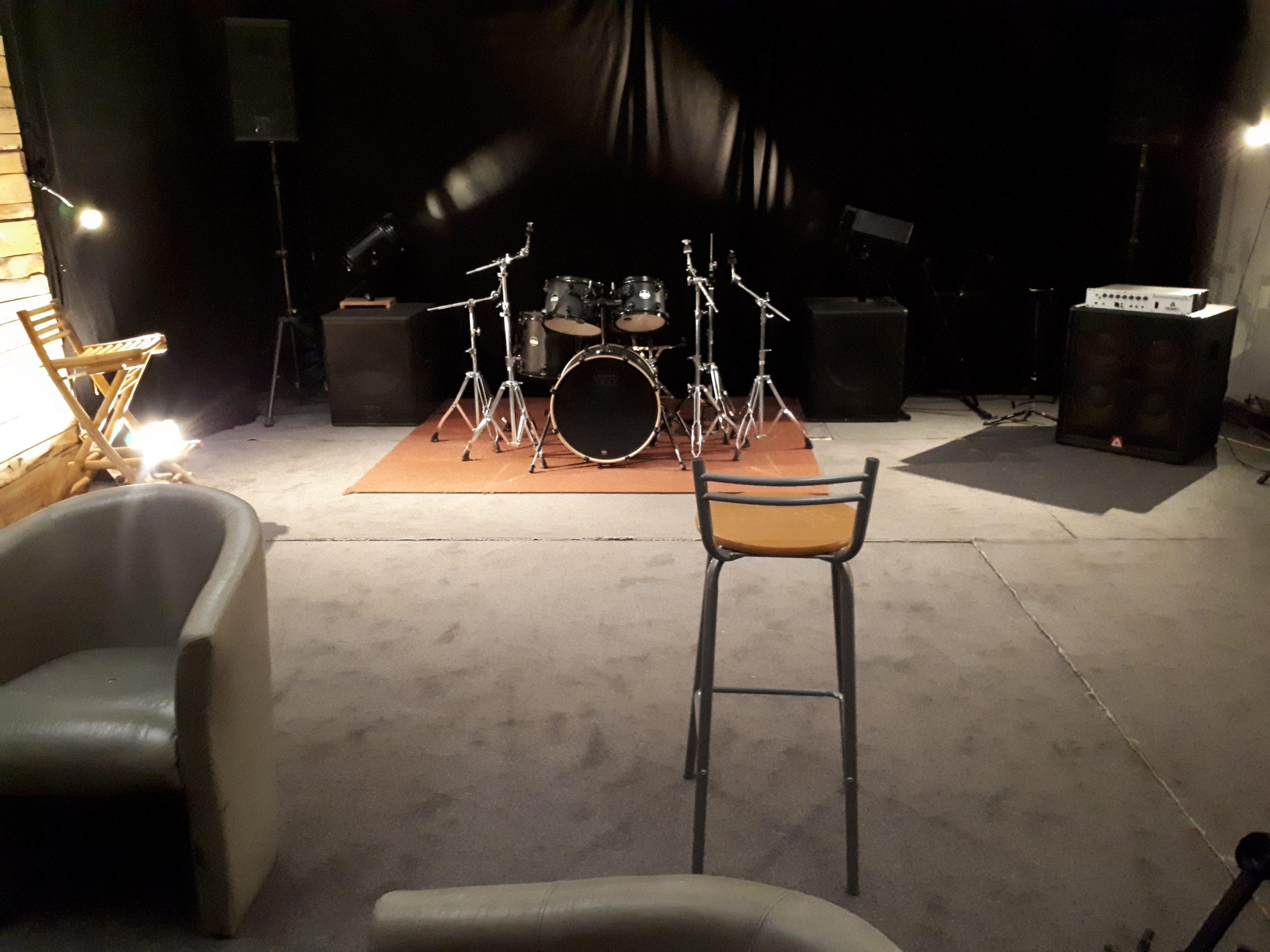 Petite Salle Menuiserie 01